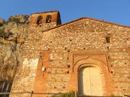 Iglesia perteneciente al medievo, situada en Cabañas del Castillo